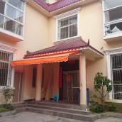 德宏大金塔家庭旅館
