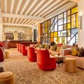 新納巴黎酒店