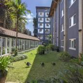 普敦洛阿普希爾酒店