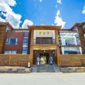 瀘沽湖雲水棲精品文化酒店
